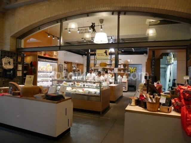 フェリービルディング内のチーズ屋さん