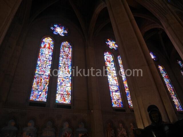 グレース大聖堂のステンドグラス