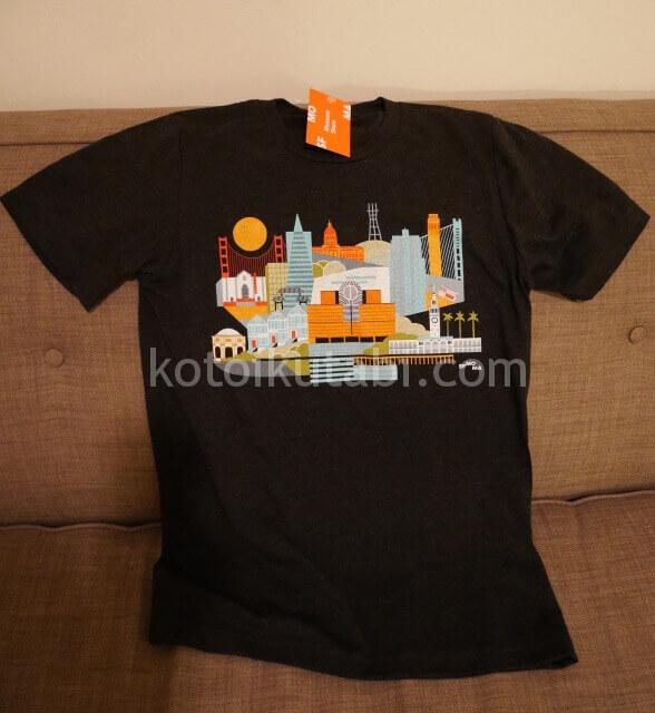 SFMOMAで買ったTシャツ