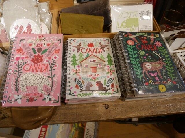 グランビルアイランドの雑貨屋さんで見つけたかわいいノート