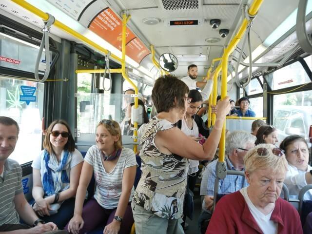 バンクーバーのバスの中