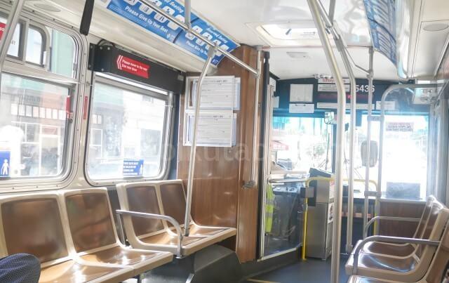 サンフランシスコのバスの中