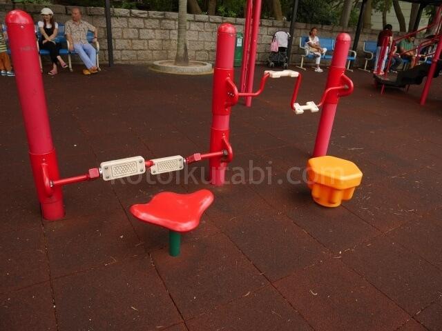 九龍公園の子ども遊具エリア
