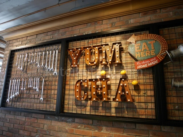 Yumchaの店内のオシャレなインテリア