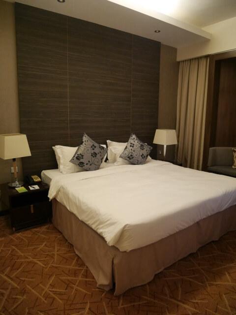 ホテルペニンシュラエクセルシオール