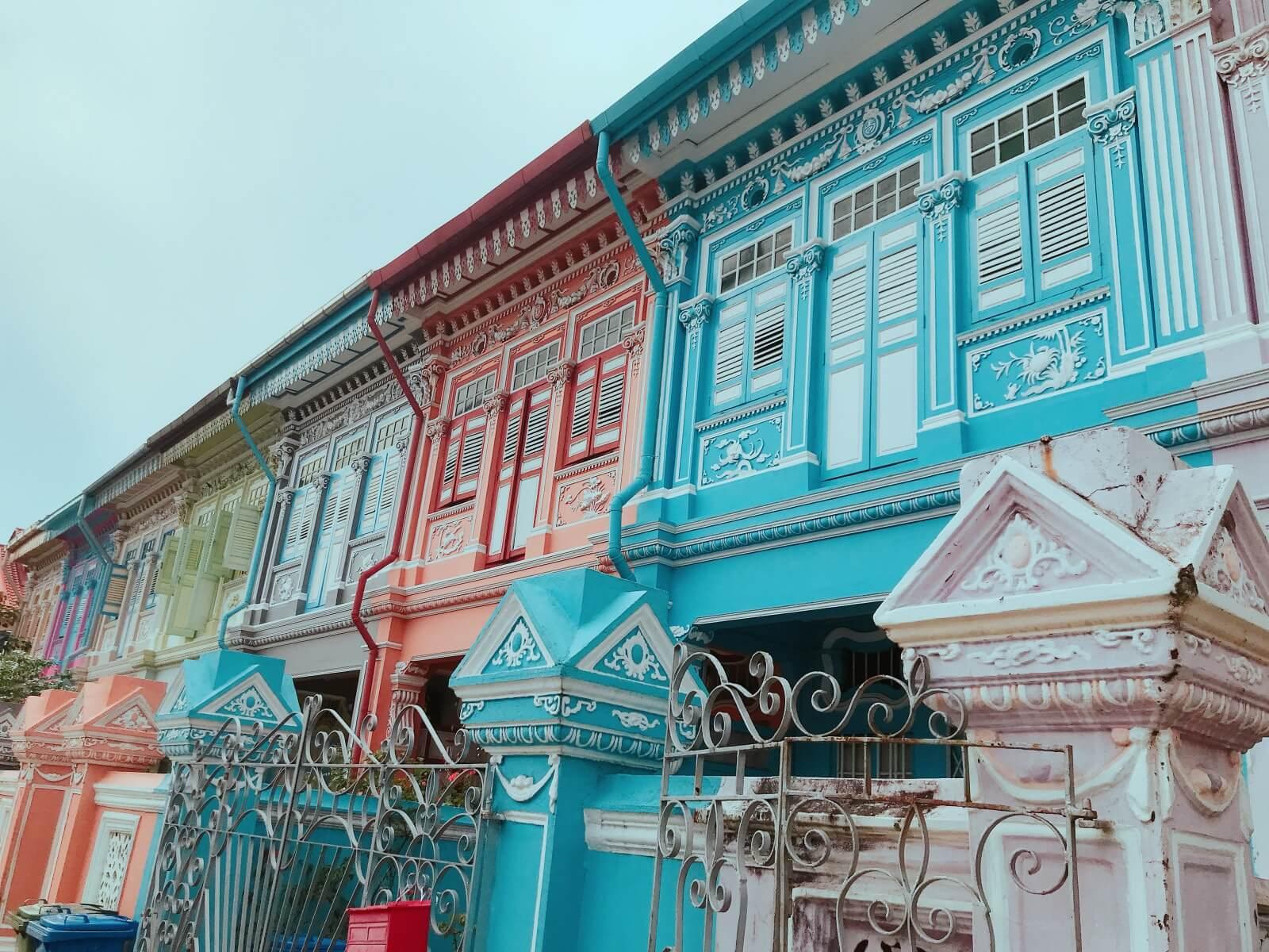 カラフルでかわいいプラナカン住宅
