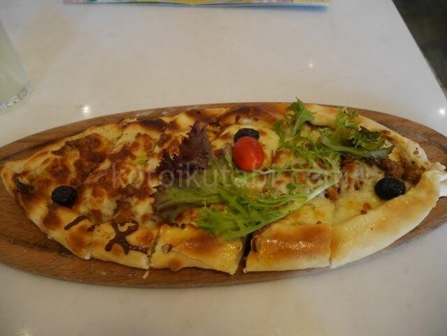 サルタンモスク近くのトルコ料理屋