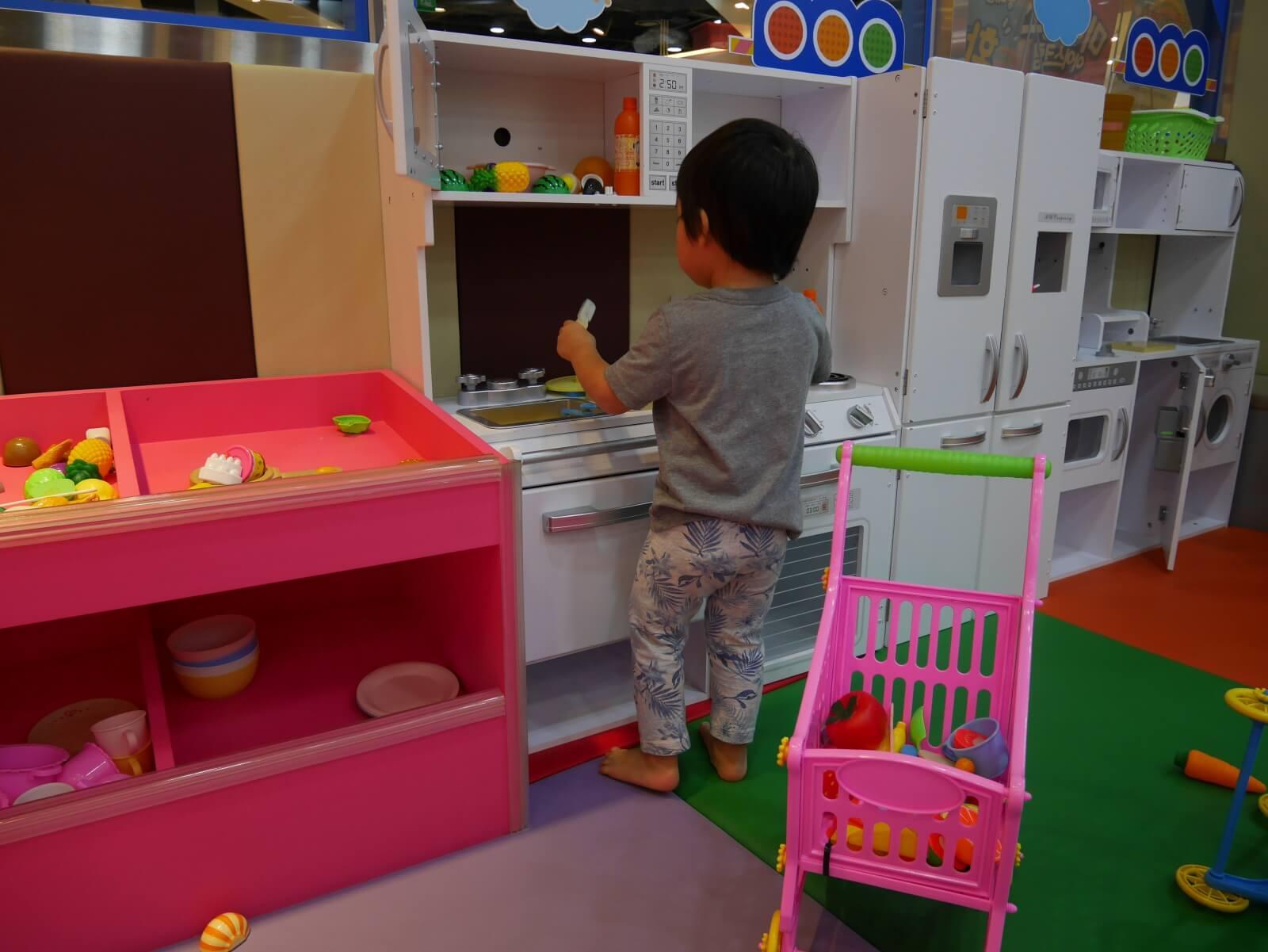 ソウルのキッズカフェ ままごとコーナー